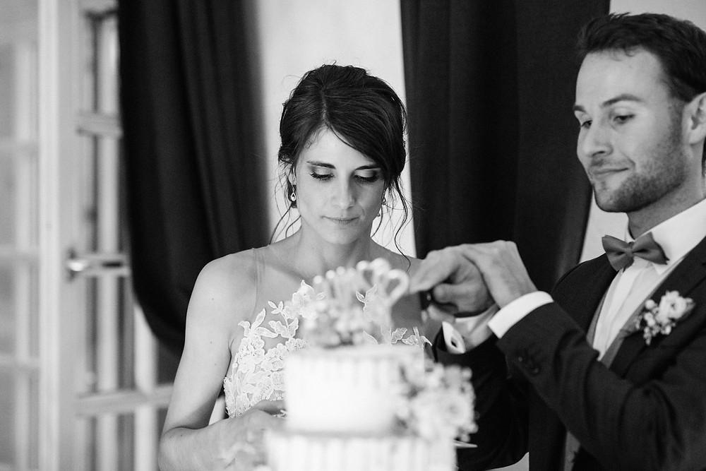 Hochzeitsfotograf-köln-magdalena-becker-torte-hochzeit-altes-zollhaus-zons.jpg