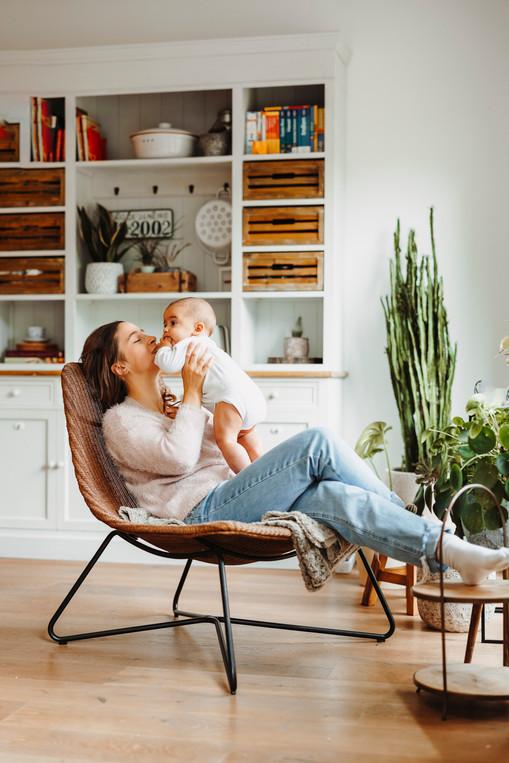 familienfotograf-köln-magdalena-becker-familien-homestory-newbornshooting.jpg