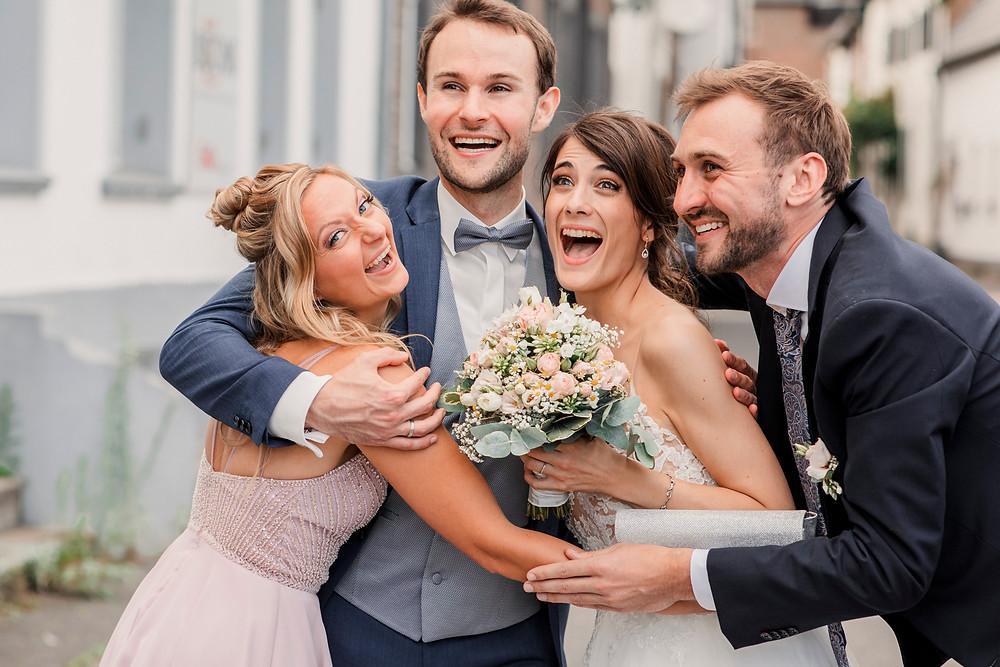 Hochzeitsfotograf-köln-magdalena-becker-hochzeit-altes-zollhaus-zons-gruppenfotos.jpg
