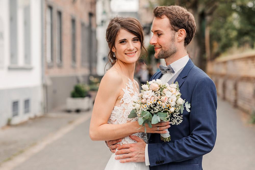 Hochzeitsfotograf-köln-magdalena-becker-hochzeit-altes-zollhaus-brautpaar.jpg