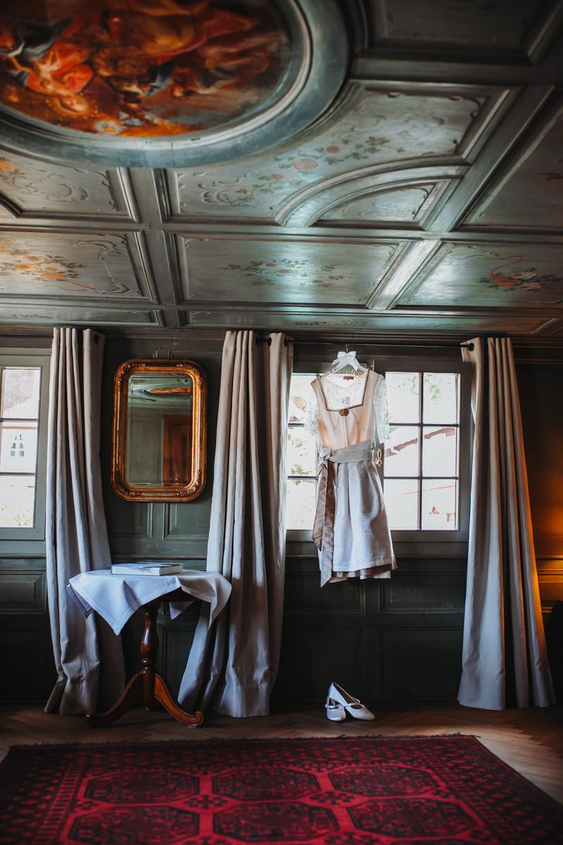 Hochzeitsvorbereitungen im Haus Hirschen