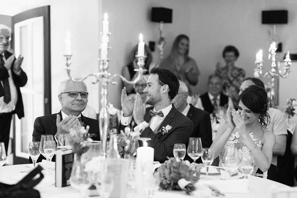 Hochzeitsfotograf-köln-magdalena-becker-feier-hochzeit-altes-zollhaus-zons.jpg