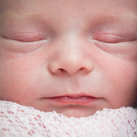 16.11.18 - Newborn Daisy-46.jpg