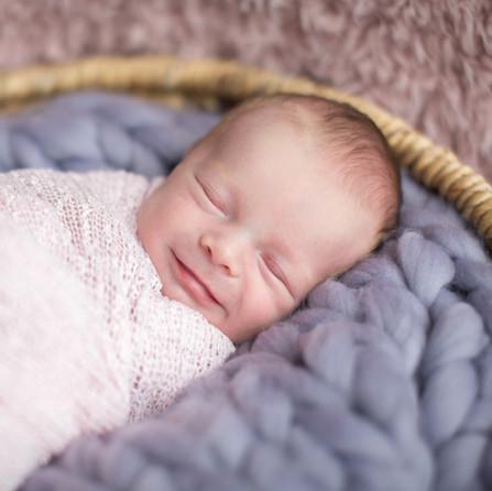 16.11.18 - Newborn Daisy-37.jpg