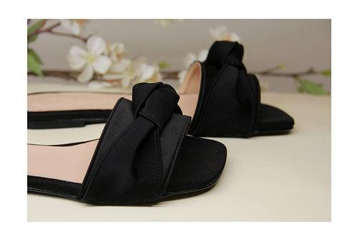Knot Slides Flat Sandals