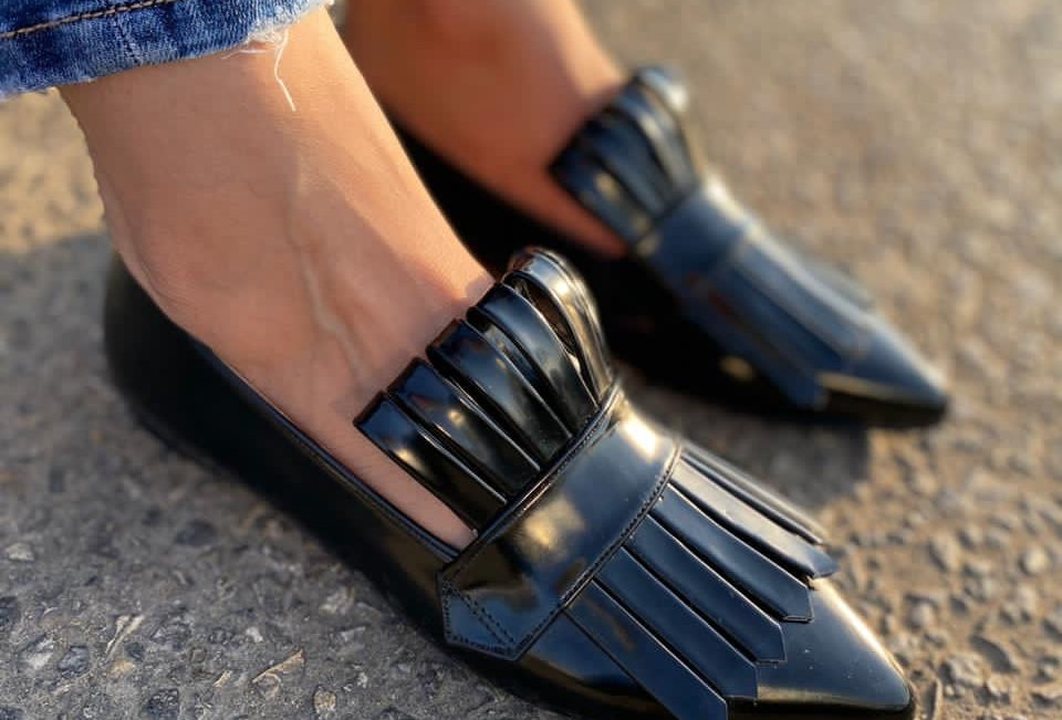 Met Gala pointed toe loafers