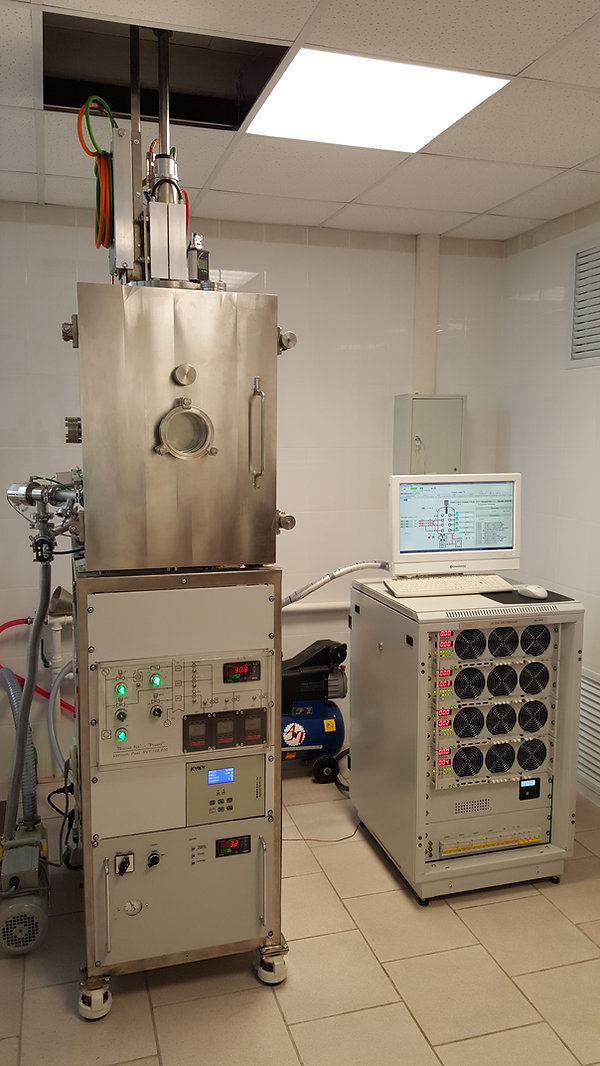 Установка вакуумного напыления с кольцевыми магнетронами