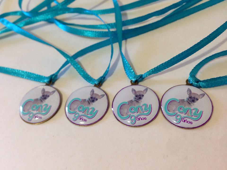 Medallitas chiguagua.jpg