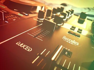 DJ Controller.jpg