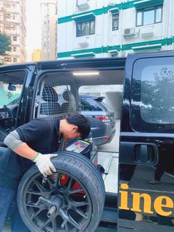 流動輪胎服務車