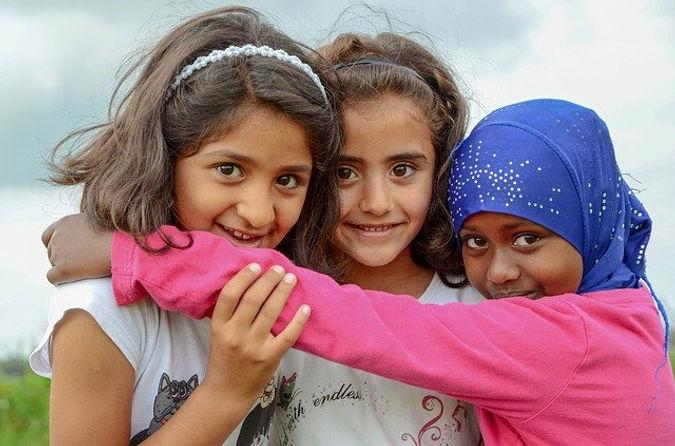 httpspixabay.comphotospeople-refugee-children-girls.jpg