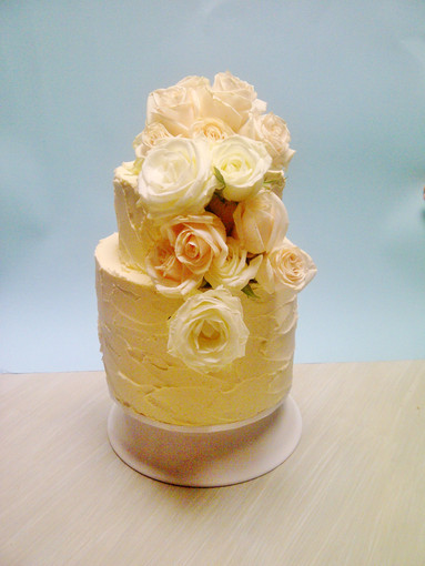 Cream small 2 tier