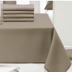 Linge de maison : nappes, serviettes....