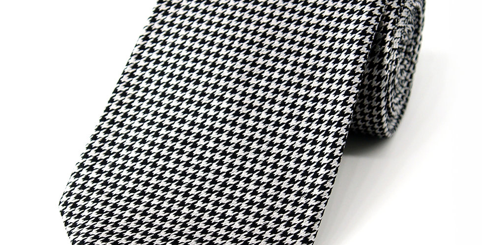Houndstooth Black + Silver Woven