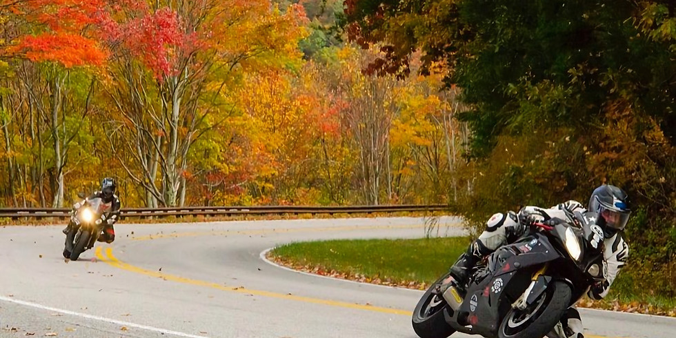 Leaf Peeping on the Cherohala Skyway National Scenic Byway