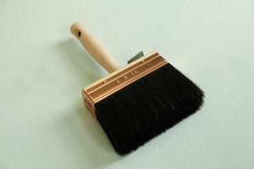 Brosse à badigeon en soie noire