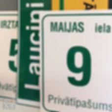 Lielformāta druka - mājas numuru zīmes.