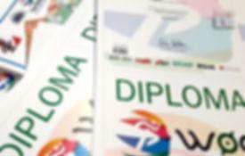 Digitālā druka - diplomi, diplomu maketu izstrāde.