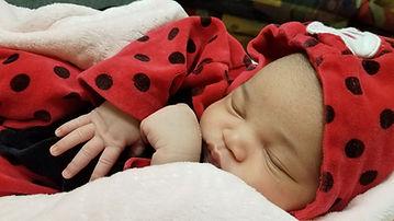 Baby%20Willow%20Sleeping%202_edited.jpg
