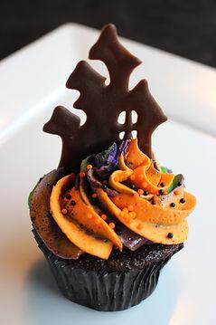 Haunted House Cupcake