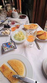 Pequeno almoço riad Fez.jpg