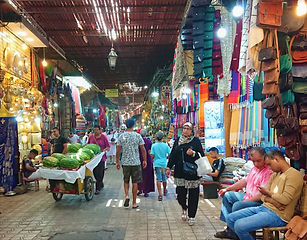 Souk Marraquexe 1a (Medium).jpg