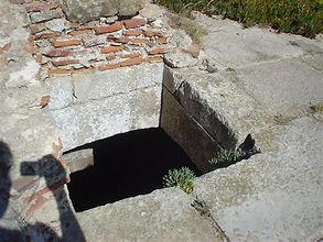 DSC03915 buraco onde mosser escondeu os