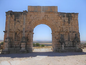 Arco do Triunfo Volubilis 1b (Large).jpg