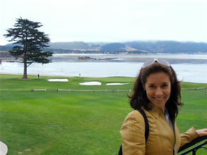 Mafalda Moutinho no buraco 18 do Pebble Beach Golf Links.jpg