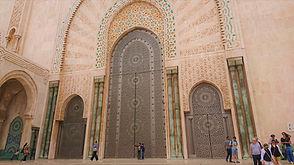 Hassan II exterior 4 (Medium).jpg
