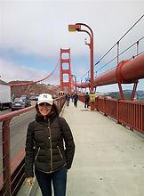 a autora Mafalda Moutinho na ponte Golden Gate em São Francisco.jpg