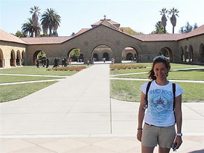 Mafalda Moutinho na universidade de Stanford.jpg