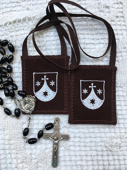 Brown Scapular with Shield (1.5 x 2 or 2 x 2.5 inch Panels)