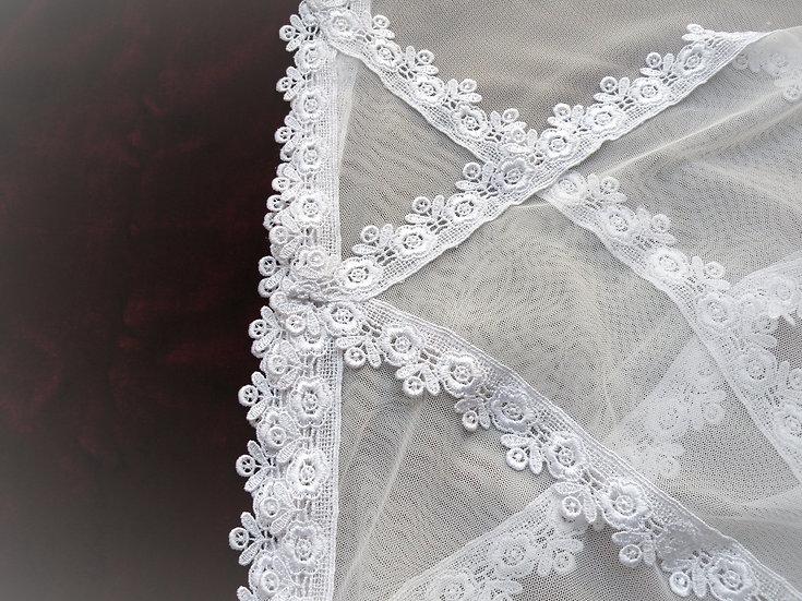 Chapel Veil - White, Larger, Floral Edge