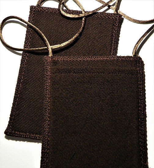 Brown Scapular with Exterior Pocket, Optional Wool Straps