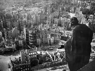 В Германии 8 мая празднуется как День освобождения от национал-социализма и окончания Второй мировой