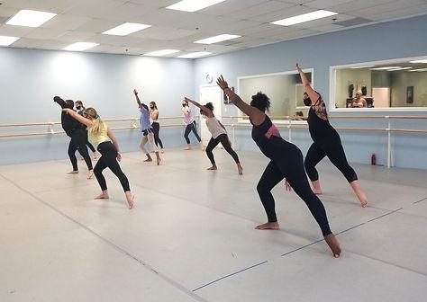 dance class studio modern preteen teen studio sandy springs activity