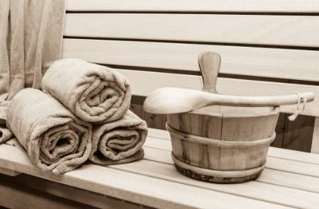 Towel-Bucket-Sauna.jpg
