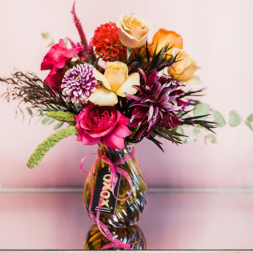 Pre-order Valentine's Day Arrangements