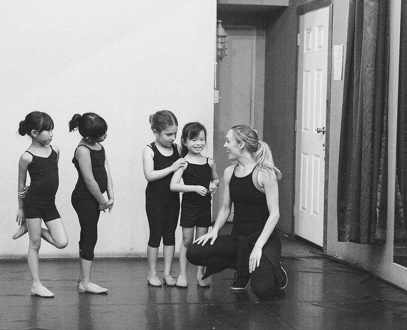 Khali_MacIntyre_Twinkle_Toes_Dance_Inter