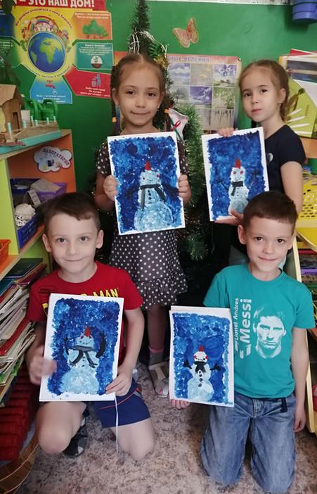 Творческие работы детей в ожидании нового года