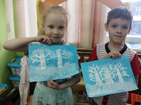 """Рисование """"Зимний лес"""" (с использованием нетрадиционной техники рисования смятой бумагой)"""