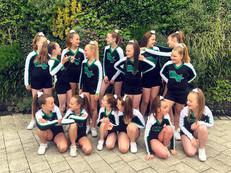 Competitive cheerleading teams