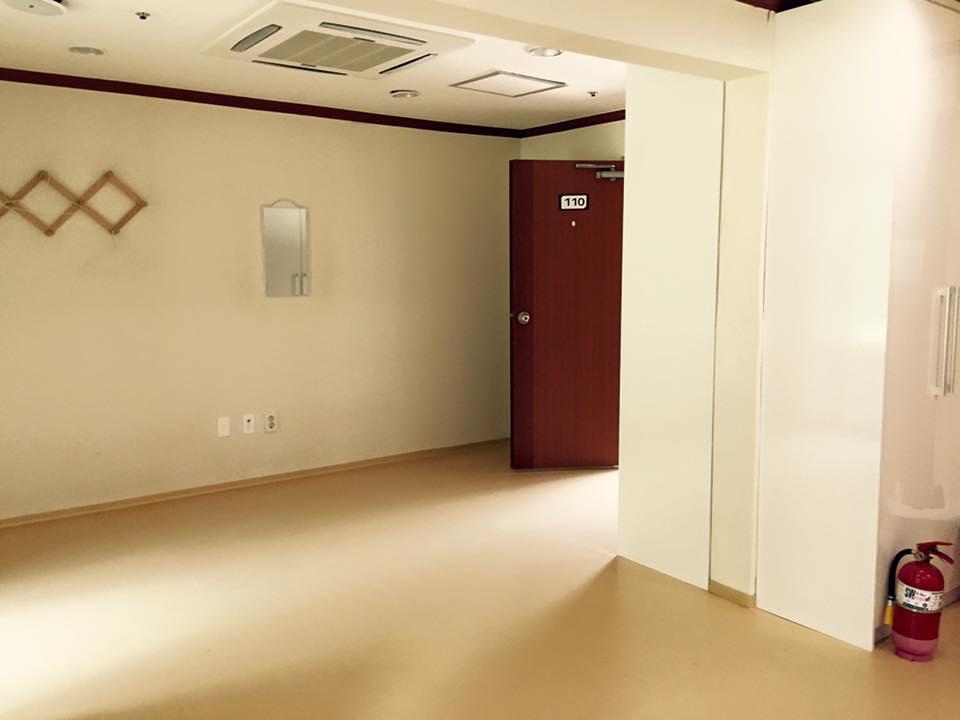 숙소 (8인실)