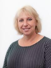 Lauren Brown / Senior Commercial Writer