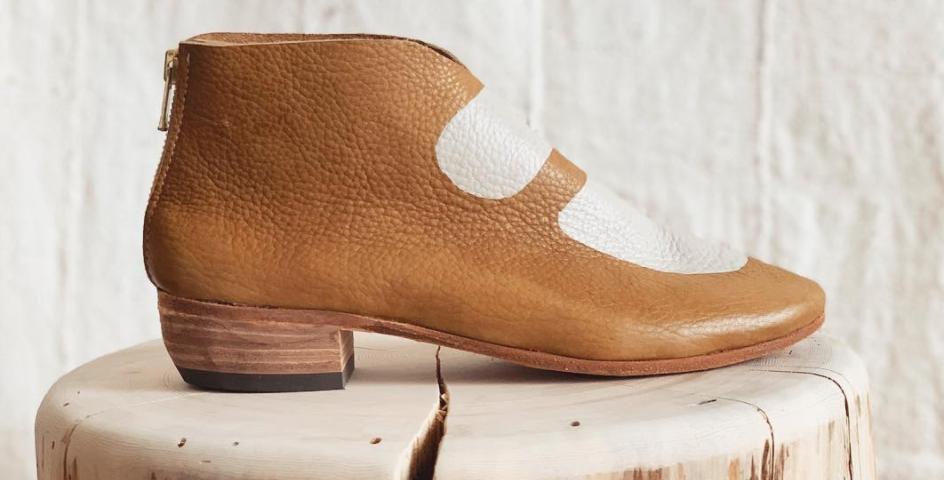 Lauren Brinkers : Handpainted Boots