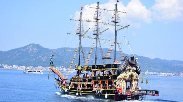 Пиратский корабль из Мармариса