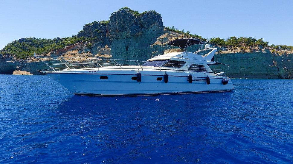 Яхта «Sahret» Princess 560