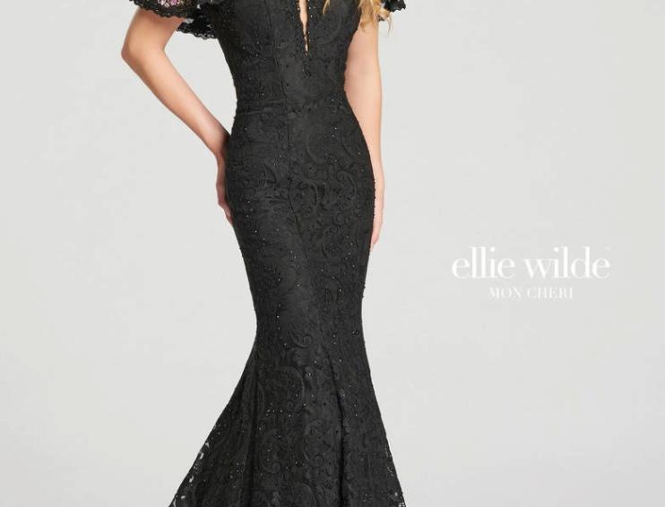 Off-Shoulder Lace Mermaid Dress