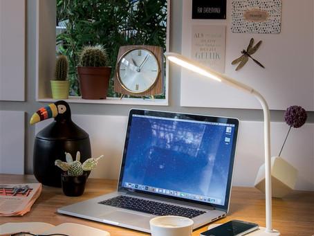 LED Schreibtischlampe empfohlen von Werbemittel Botschafter Kelvin Kuhl